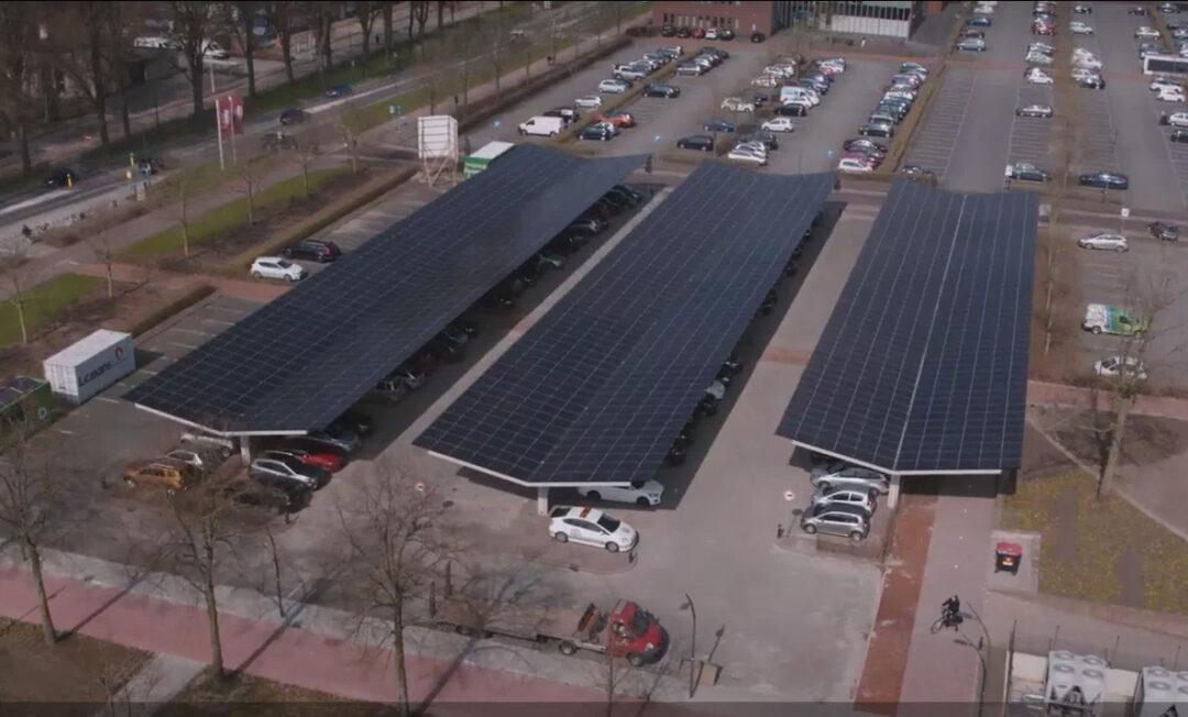 Dronten haalt energie uit parkeren